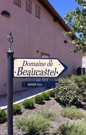 800Px Tablas Creek Vineyard Sign Saying Distance To Beaucastel